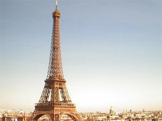 Live Picture Eiffel Tower on Eiffel Tower Webcam  Web Cam Live Paris View